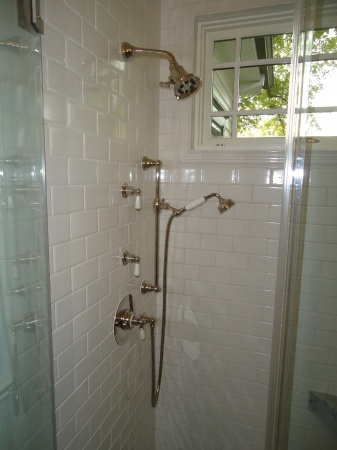 cabinets for vessel sinks in bathrooms